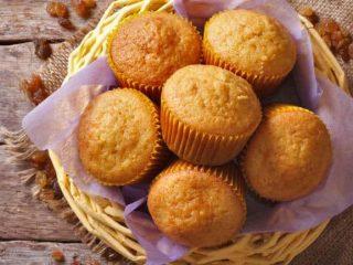 Easy 2-Ingredient Pumpkin Spice Cake Mix Muffins