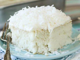 Easy & Delicious Coconut Sheet Cake Recipe